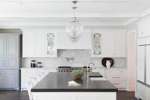 kitchen-marble-herringbone-cooktop-tiles-regina-andrew-large-globe-pendant